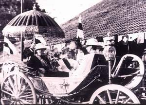 Silver coach H.H Nawab Mahabat Khan Nawab of JunaGadh and his H.E Lord Wellington Viceroy of India 1936
